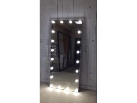 Выполненная работа: гримерное безрамное зеркало с подсветкой и гравировкой имени 180х80 см (г. Санкт-Петербург)